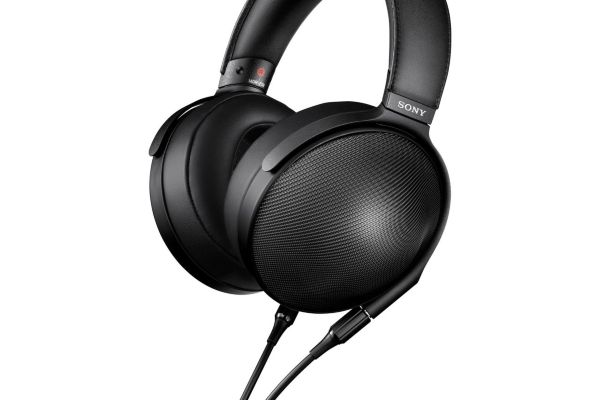 Sony MDR-Z1R Premium Headphones Signature Series