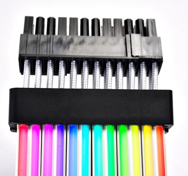 Lian Li Strimer Plus 24-pin A-RGB