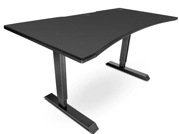 Svive Altair Gaming Desk - Mattsvart med svarta sömmar