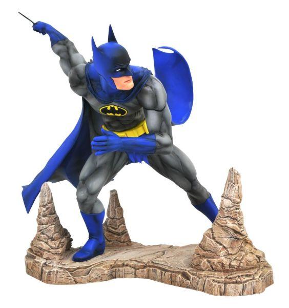 Diamond Select Gallery: DC Classic - Batman Statue