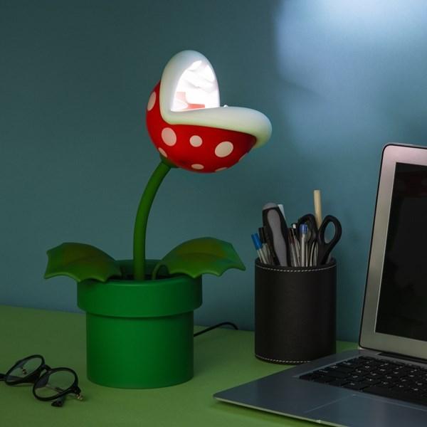 Super Mario: Posable Piranha Pland Lamp 25 cm